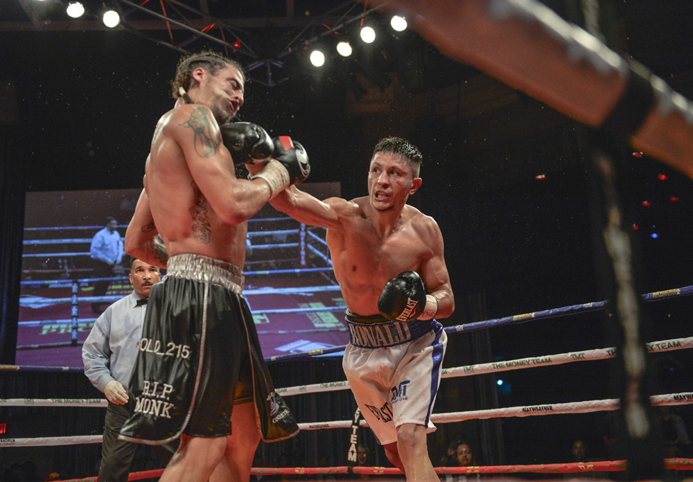 ronald-gavril-wins-title